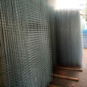50x150x5mm Weld Mesh (Roll Top & Bottom)