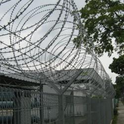 HDG Mesh With Razor Wire